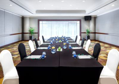 architectural photography ballrooms meeting rooms Holiday Inn Atrium Singapore Changi Boardroom