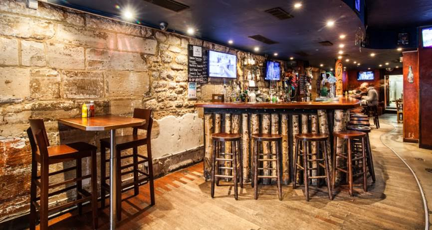 Virtual Tour for The Moose Bar in Paris, France
