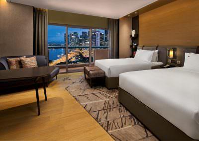 Swisshotel Singapore Twin Harbour view Night