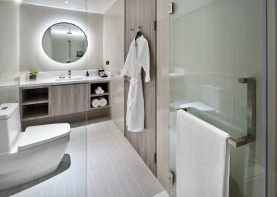 Frasier Suites Sukhumvit - Studio Executive King Bathroom 2305