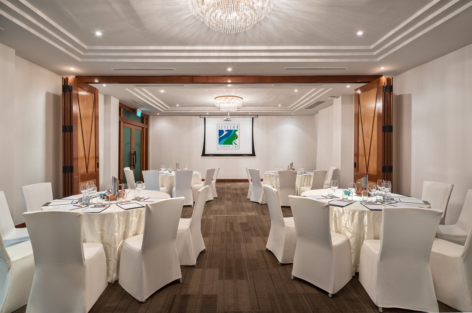 Photography for Seletar-Country Club Singapore - Kingfisher Conference Room Setup