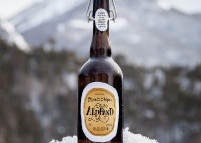Bière des Alpes: Alphand Blonde. Consumed in Monetier Les Bains